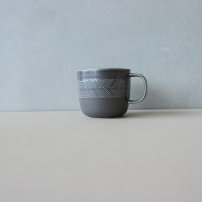 BIRD'S WORDS TABLETOP mug ashgray