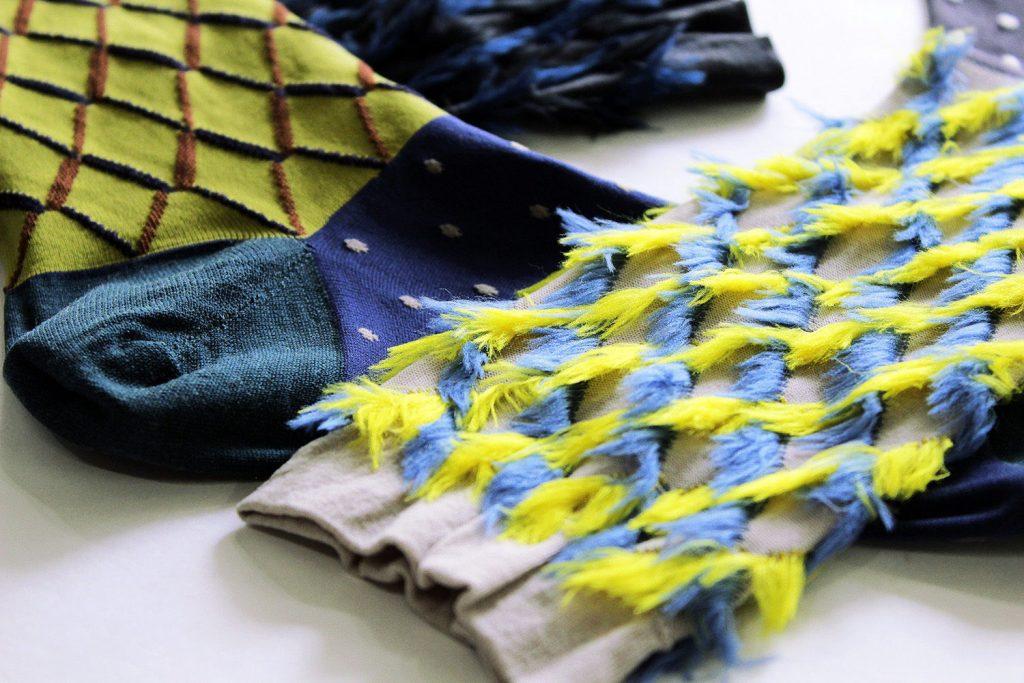 coq-rabbit ears fur socks UP